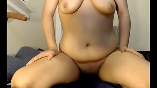 Melodygape tries 12inch dildo for the first time
