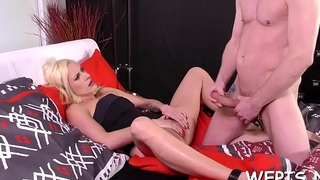 Chick exposes hairless love perforate and their way paramour is pissing on it