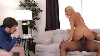 Psychiatrist Young gentleman Fucked At the Of Her Loser Patient - India Summer